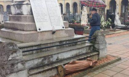 Blitz sacrilego razziato un altro cimitero nel Lodigiano