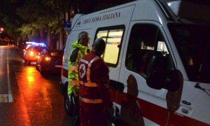 Auto ribaltata, due persone in ospedale SIRENE DI NOTTE