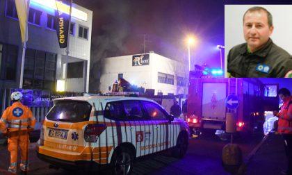Vigile del fuoco muore nel crollo del capannone in fiamme a San Donato FOTO