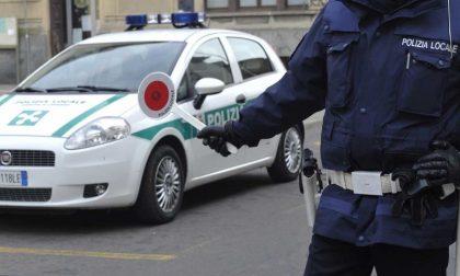 Controlli della Polizia Locale di Casale, sanzionato autista con targa straniera