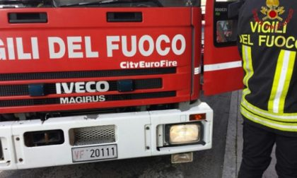 Camion ribaltato a Castelnuovo, traffico bloccato