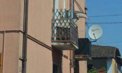 Sonnambulo cade dal balcone a 16 anni