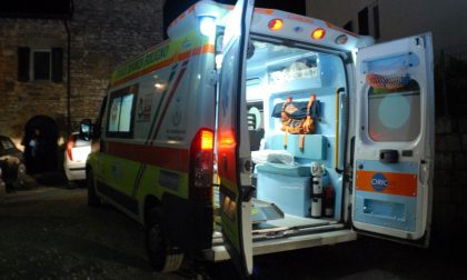 Scontro auto moto, soccorso 40enne SIRENE DI NOTTE