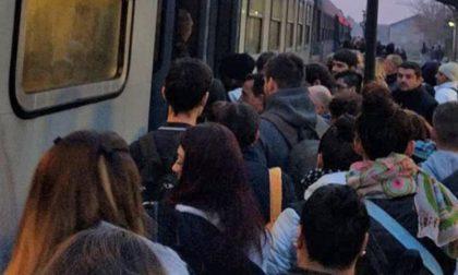 Caos treni nel lodigiano per un guasto nei pressi della stazione di Tavazzano