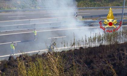 Incendio A58, Tangenziale esterna: chiusa una corsia