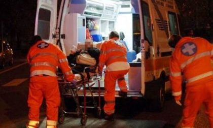 Scontro tra due auto a Lodi, due persone in ospedale SIRENE DI NOTTE