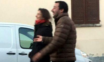 Salvini in Brianza la Vigilia di Natale senza scorta: paparazzato con una ragazza