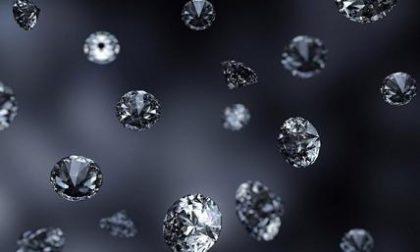Diamanti truffa banche: centinaia di truffati nella Bassa, ma anche vip come Vasco e Panicucci
