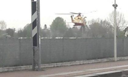 Operai schiacciati da una lastra lungo la ferrovia: due morti