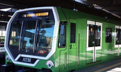 Guasto alla metro, pendolari in strada e Padana bloccata