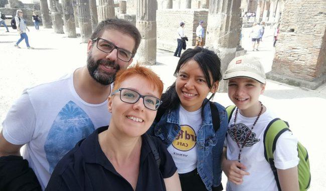 A casa i 420 ragazzi stranieri che hanno vissuto l'anno all'estero in Italia: ciao Yasimine