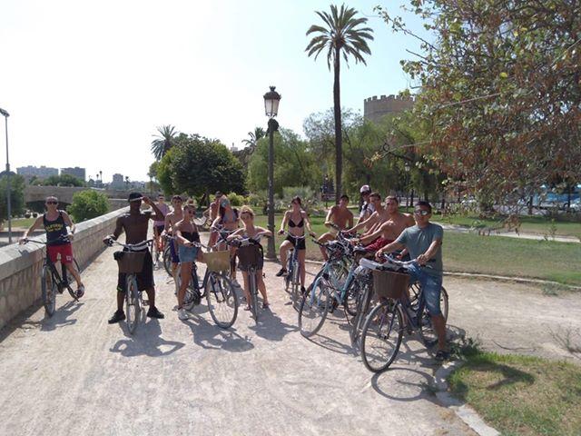 Stage di 28 giorni a Valencia: così gli studenti lodigiani imparano cos'è il lavoro