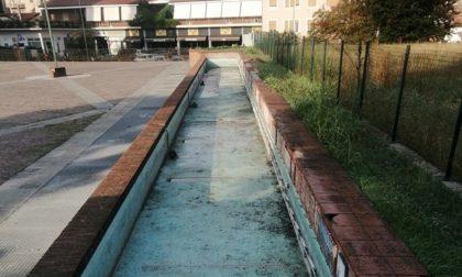 Finalmente ripulita la fontana di Piazzale Matteotti