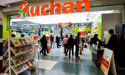 """I dipendenti lodigiani dell'Auchan """"venduti"""" a Conad ancora non hanno certezze"""