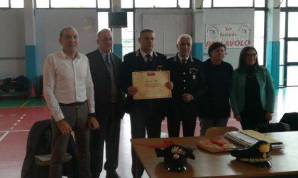 Premiato Carabiniere eroe: salvò i bimbi del bus dirottato
