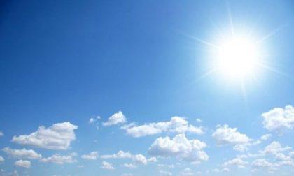Sole e caldo a Pasqua e Pasquetta (tanto noi rimarremo sul divano) | Previsioni Lodi