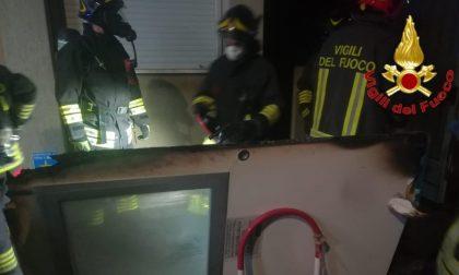 Nella notte divampato incendio alla farmacia dell'ospedale di Vizzolo Predabissi