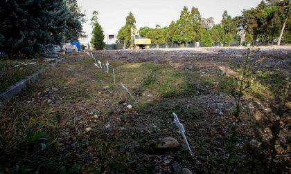 Morti di Covid che nessuno reclama: il Comune crea uno spazio per loro nel cimitero