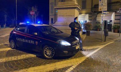 Agli arresti domiciliari esce a fare un giro in bici: arrestato appena è tornato a casa