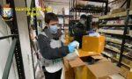La Guardia di Finanza sequestra 120mila mascherine e migliaia di igienizzanti e li dona alla Protezione Civile VIDEO