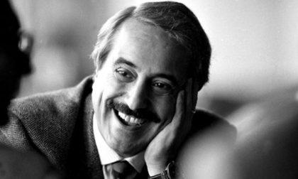 28 anni fa Giovanni Falcone veniva ucciso dalla mafia insieme alla moglie e agli agenti della scorta