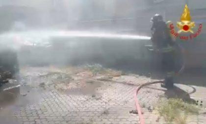 Incendiata una carrozzeria di Codogno, in fiamme anche la ditta accanto FOTO E VIDEO