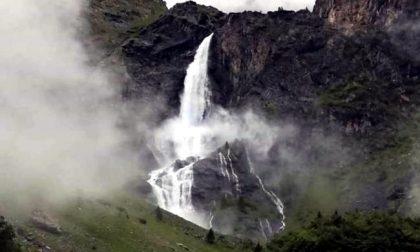 Troppa pioggia regala lo spettacolo anticipato delle Cascate del Serio VIDEO