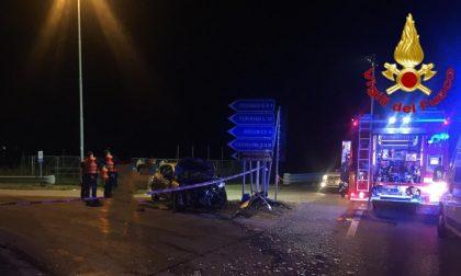 Incidente tra auto e mezzo pesante: 42enne in ospedale SIRENE DI NOTTE