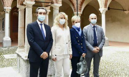"""Fontana a Lodi incontra le dottoresse che scoprirono il """"paziente 1"""" e fa tappa al Parco tecnologico Padano"""