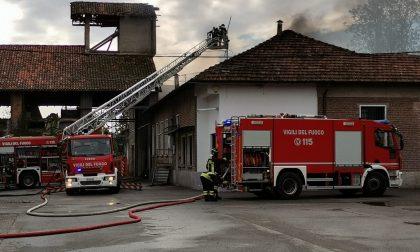 """Fortissima esplosione in cascina: """"Scardinati gli stipiti della porta"""" FOTO"""