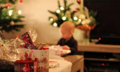 """""""Un giocattolo sospeso"""": la bella iniziativa pavese per donare un regalo di Natale ai bimbi in difficoltà"""