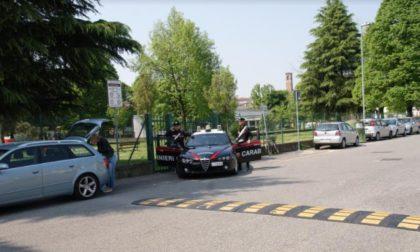 Da una lite per futili motivi scatta la furia di un 28enne sedata solo dall'arrivo dei Carabinieri