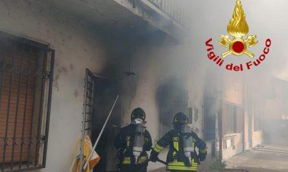 Le foto dell'incendio di una villetta a Graffignana