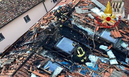 Incendio di un tetto a Crema, Vigili del fuoco di Lodi a supporto dei colleghi cremaschi