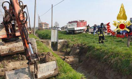 Incidente sul lavoro a Bertonico, operaio schiacciato dalla scavatrice