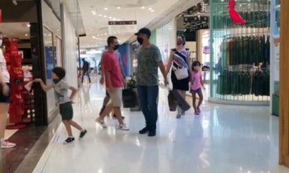 Sabato hanno riaperto i negozi nei centri commerciali. Lunedì tocca alle palestre