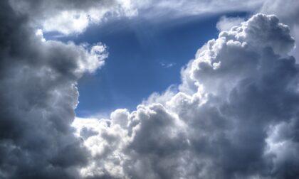 Qualche pioggia sparsa fino a giovedì, quando torna il sole | Meteo Lombardia