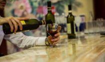 Serve da bere a 5 minorenni, barista denunciata e sanzionata