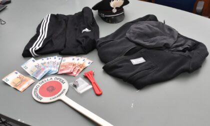 Rapina lavanderia armato di coltello, minorenne denunciato