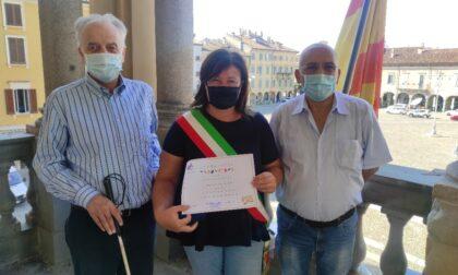Il Sindaco Casanova premiato dall'Unione Italiana dei Ciechi e degli Ipovedenti