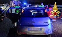 46enne ferma con l'auto in A1, i Vigili del fuoco la salvano rimuovendo la portiera