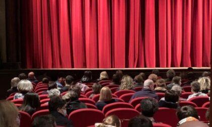 A Casalpusterlengo il teatro resta chiuso perché i dipendenti protestano contro il Green pass